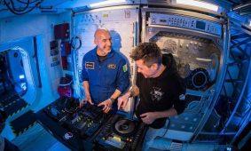 La primera sesión DJ en el espacio exterior