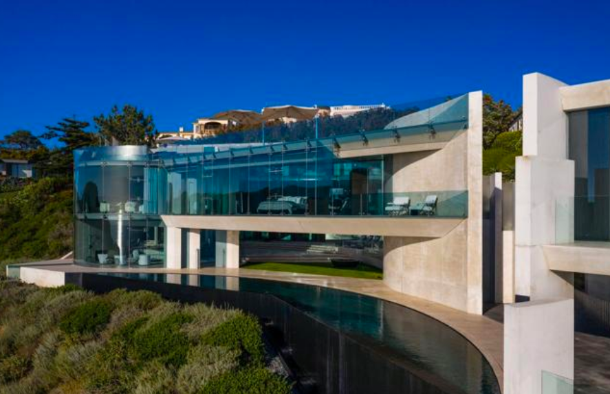 Alicia Keys compra la mansión de IRON MAN
